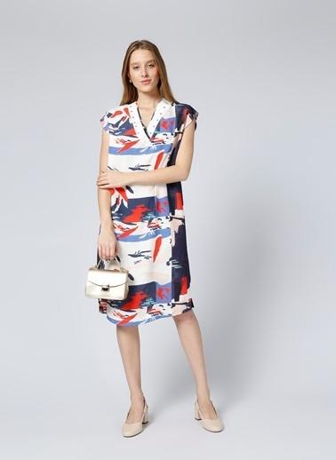 Fabrika V Yaka Kısa Kollu Desenli Elbise Renkli